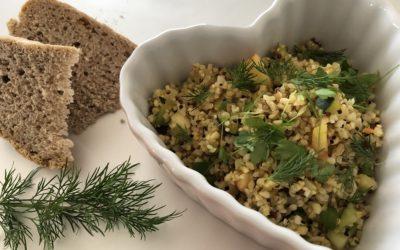 Warmer Bulgur Salat mit dreierlei Quinoa