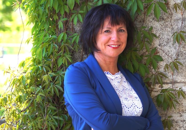 Birgit Natale-Weber – Schenke deiner Weiblichkeit ein Lächeln