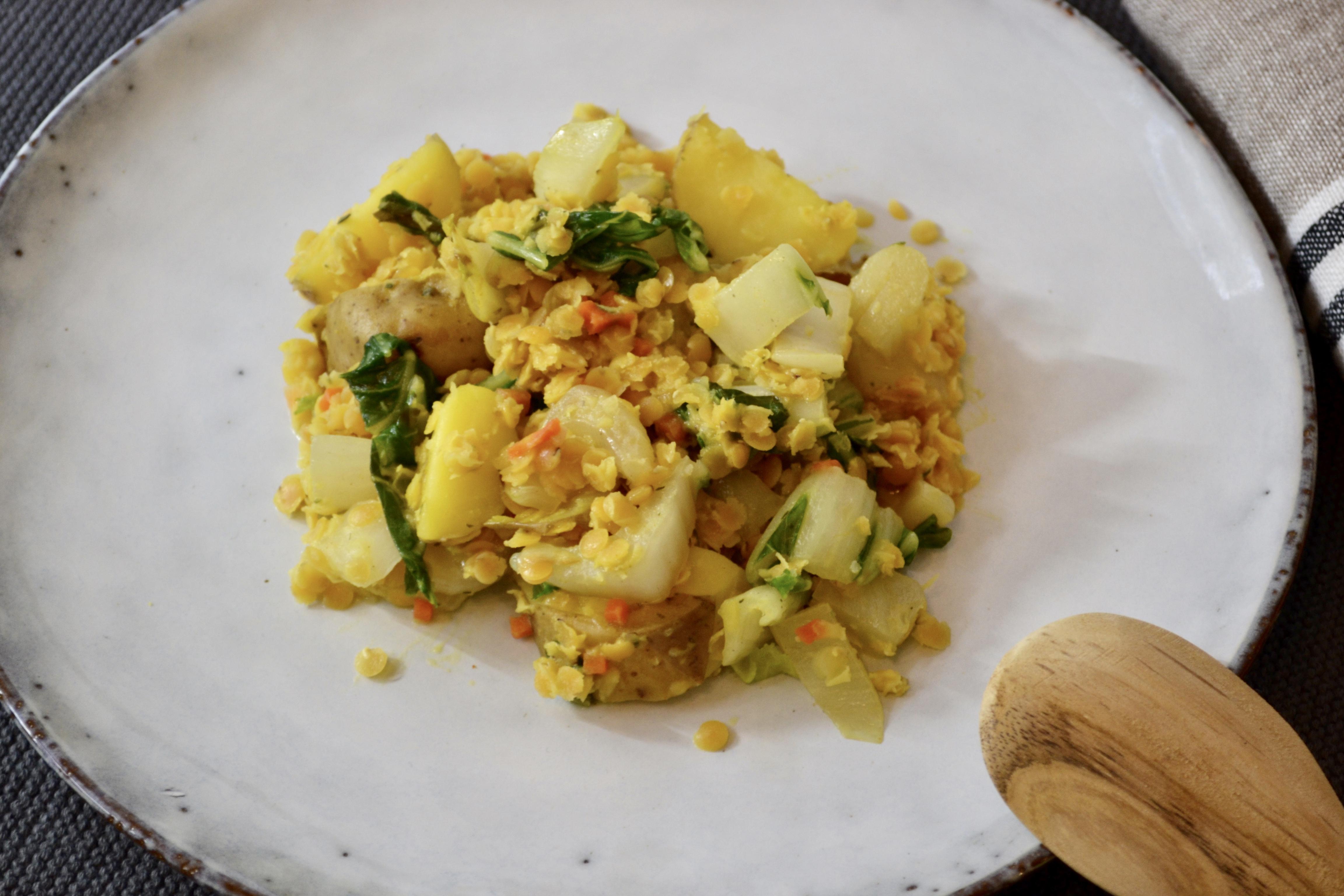 Linsen-Kartoffeln-Gemüse mit Kokosmilch